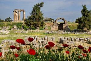 Agora und Apollontempel in Korinth