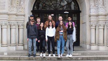 Permalink zu:Schüler helfen Schülern